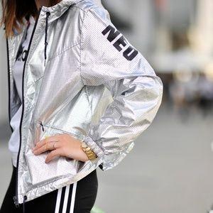 New Addidas NEO Silver Windbreaker Jacket Sz M